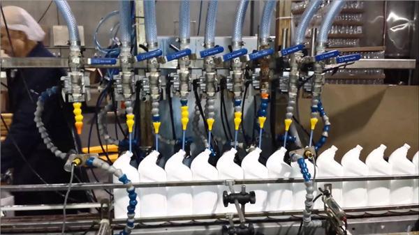 全自動馬桶清潔劑漂白直線式灌裝機