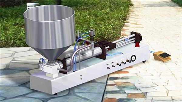 半自動洗滌劑液體灌裝機